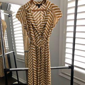 Forever 21 Short Sleeve Dress